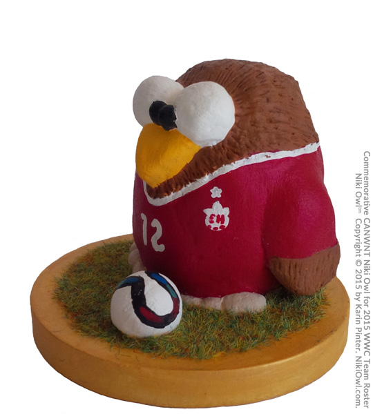 Soccer Niki Owl(tm) Copyright by Karin Pinter